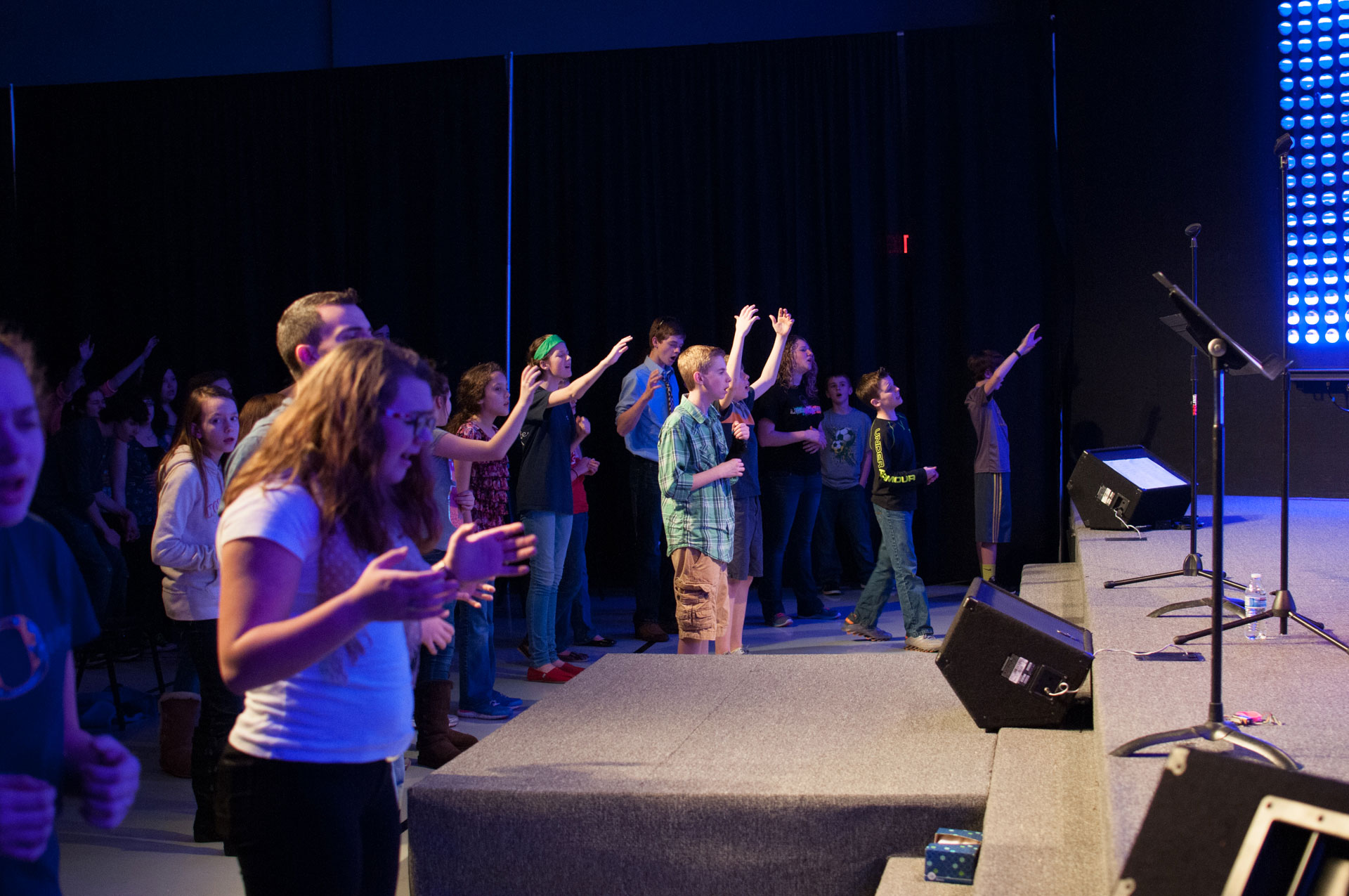 teens worshiping